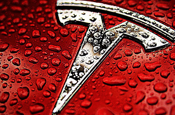 tesla-logo-desktop-wallpaper-19155-19716-hd-wallpapers