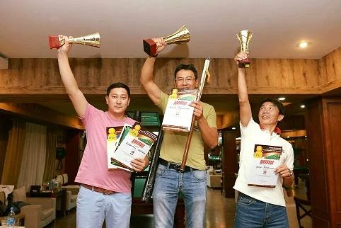 «Эфес Казахстан» провел турнир по бильярду