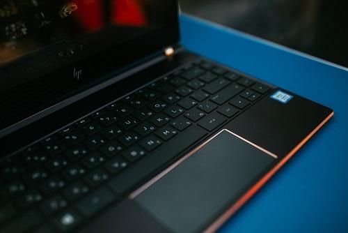 презентация новых ноутбуков HP и Intel