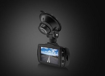 Neoline представляет: три самые полезные функции видеорегистратора, которые заменяют штатные системы автомобиля