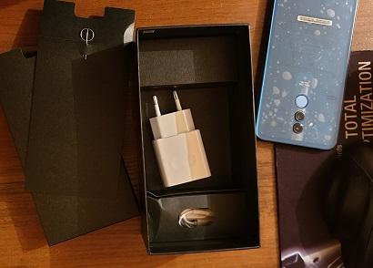 Huawei Mate 20 Lite – полный комплект за бюджетные деньги